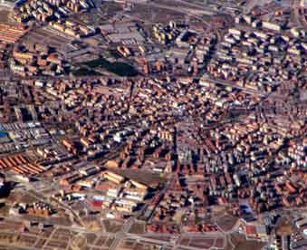Vista-aérea-de-la-ciudad-de-Mostoles-de-mudanzas-Mostoles-Valencia